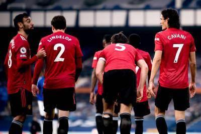 Manchester United dan Konsistensi bagai Aku dan Kamu yang Tak Kunjung Bersatu