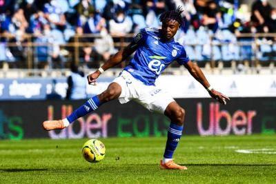 AC Milan Incar Bek Baru, Namanya Mohamed Simakan!