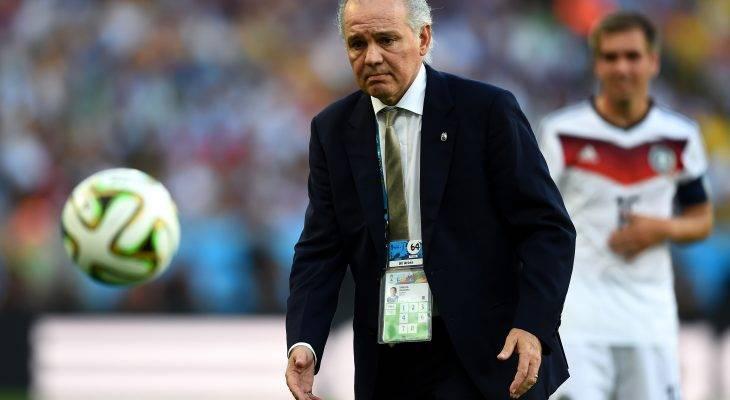فینالیست جام جهانی، سرمربی امارات می شود؟