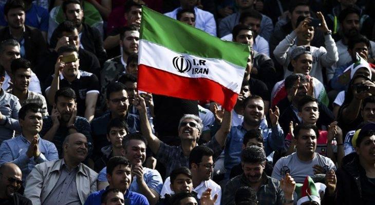 پایان نگرانی، جشن صعود به جام جهانی با حضور تماشاگران