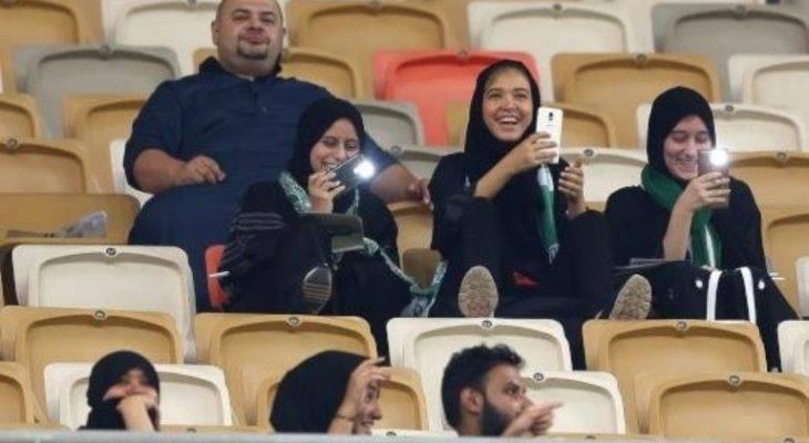 روز تاریخی ورزش عربستان؛ زن ها وارد ورزشگاه شدند