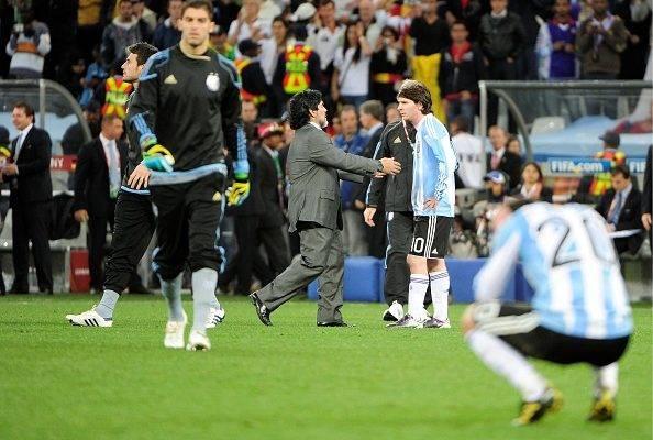 دفاع مارادونا از مسی؛ من هم 5 پنالتی متوالی از دست دادم