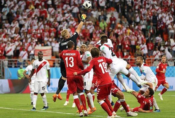 دانمارک 1 – 0 پرو؛ پیروزی با معجزه کسپر اشماکیل