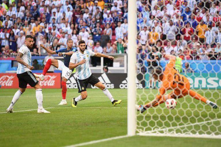 فرانسه 4-3 آرژانتین: وداع لیونل مسی با  جام جهانی