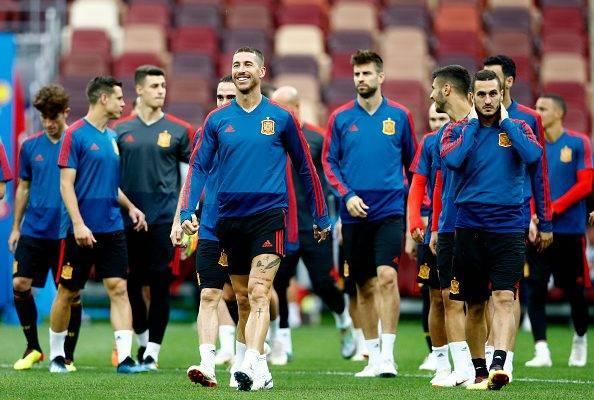 پیش بازی اسپانیا- روسیه؛ لاروخا به جنگ میزبان می رود