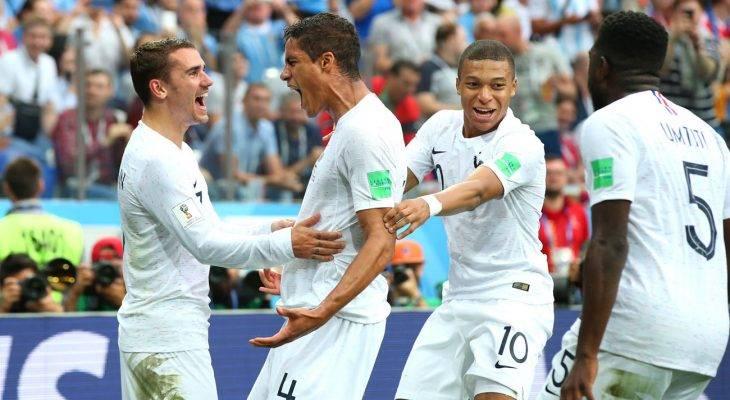 فرانسه 1 – 2 اروگوئه؛ آواز قهرمانی خروس ها