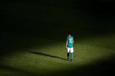 """خداحافظی مسوت اوزیل از بازی های ملی به دلیل """"نژادپرستی"""""""