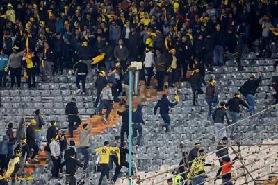 ممنوعیت ورود مسئولان کانون هواداران 4 باشگاه به ورزشگاه ها