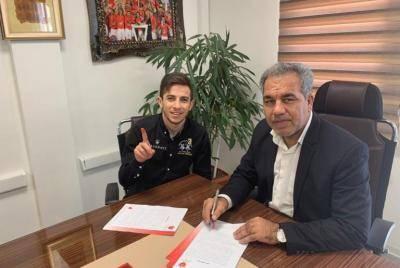 رسمی: فرشاد احمدزاده با قراردادی سه ساله به پرسپولیس پیوست
