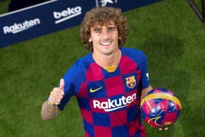 گریزمان: بعید است نیمار به بارسلونا بیاید