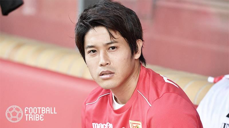 内田篤人、背番号「2」。8年間空き番だった鹿島アントラーズの背番号2番を背負う