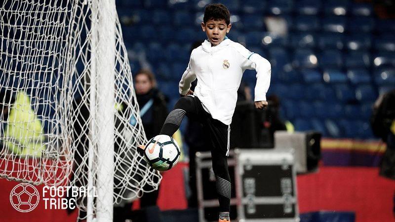 "Cロナウド、ポルトガル代表の試合後に息子が登場し""PK対決""披露"