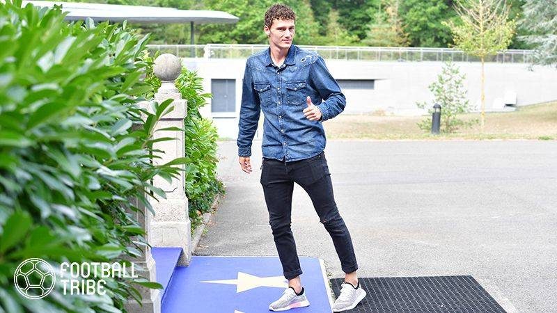 バルサ、ロシアW杯でも活躍のフランス人若手DF獲得か