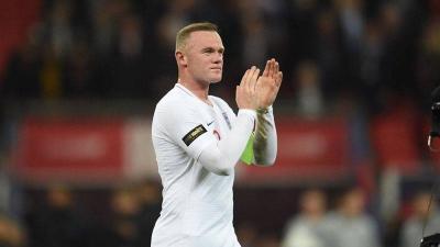 イングランド代表、ルーニー代表引退試合を勝利で飾る!