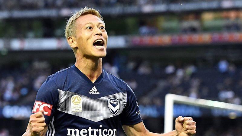 本田圭佑をチームメイトが絶賛!「彼の脳から何かを得ることができる」