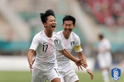 [AG] '기록 브레이커' 한국, 이승우 2골 앞세워 베트남 격파…황의조는 최다 득점 기록까지 '-2골'