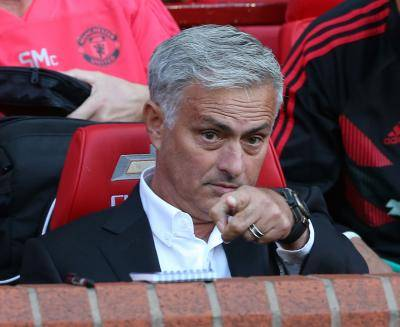"""리버풀 前 주장 필 톰슨 """"무리뉴가 우리한테 돈 얘기를? 본인이야말로.."""""""