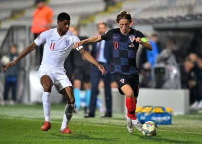 원정 20경기 무패 잉글랜드, 월드컵 복수에는 실패해