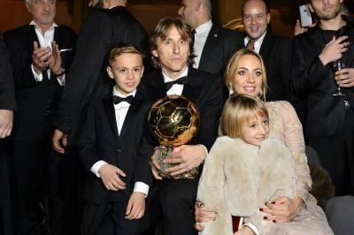모드리치, 크로아티아 선수 최초로 발롱도르 수상… 역대 월드컵 준우승 수상자는?