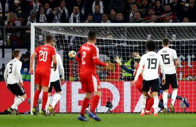 세대교체 선언한 독일, 요비치에게 A매치 데뷔 골 허용하며 무승부 기록