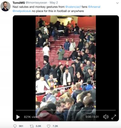 발렌시아 팬들, 아스널전에서 원숭이 흉내에 나치식 경례까지… 구단은 논란의 여지 있는 성명 발표해