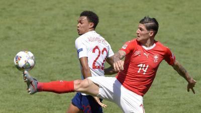 스위스전에서 키 패스 7개 기록한 알렉산더-아놀드…잉글랜드는 2회 연속 승부차기 승리