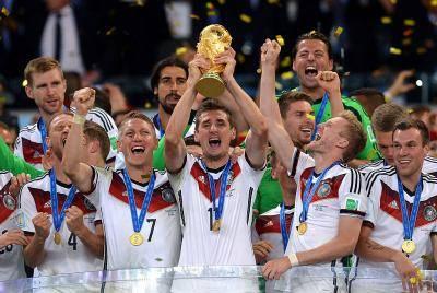 월드컵에 우승했지만, 챔스 우승에 실패한 선수 3人