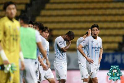 [K리그1] 선두싸움에서 앞서가는 전북, 3위 자리를 두고 벌어지는 격전