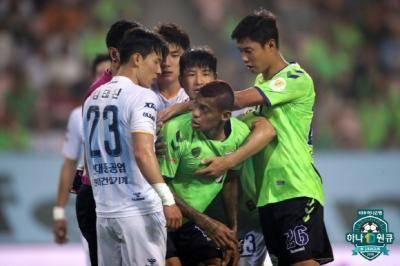 [K리그1] 32R 종합 리뷰: 우승·강등 싸움은 안갯속, 상위 스플릿은 다음 라운드에 최종결판!