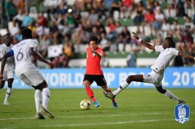 [U-17 월드컵] 프랑스에 패한 대표팀…칠레전이 분수령
