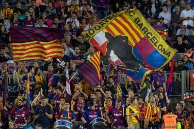 카탈루냐축구연맹, 분리독립 지도자 징역형에 축구 금지령으로 맞선다.. 바르사 역시 항의 나서