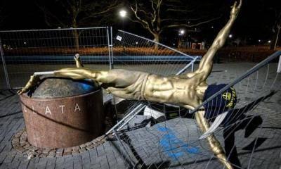 즐라탄 동상, 3개월 만에 쓰러지다