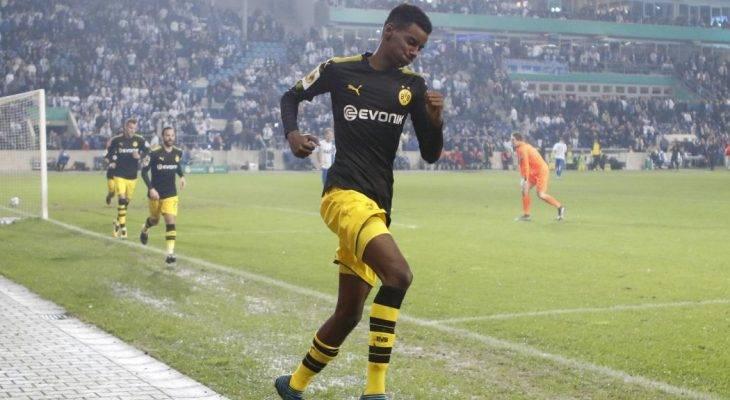 Alexander Isak: Kenali bintang Dortmund yang bakal jadi pengganti Aubameyang