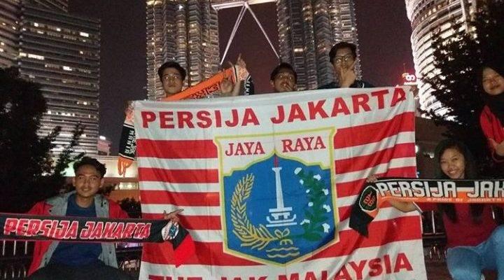 Jakmania: Barisan penyokong Persija Jakarta sudah bersedia untuk menggegarkan Larkin