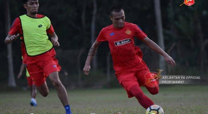 Ferdinand Sinaga sah dilepaskan oleh Kelantan, bakal kembali ke PSM Makassar?