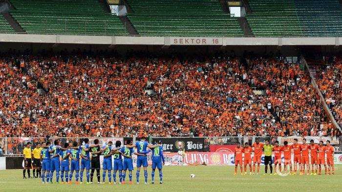 Perlawanan Persija Jakarta menentang Persib Bandung ditunda