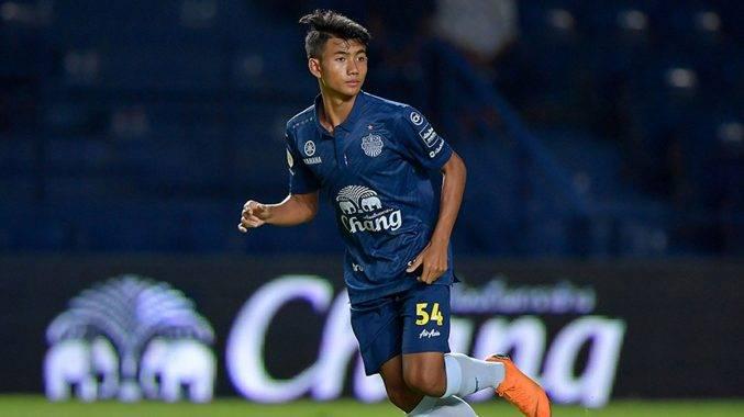 Remaja berusia 15 tahun pecah rekod sebagai pemain termuda Liga Thailand