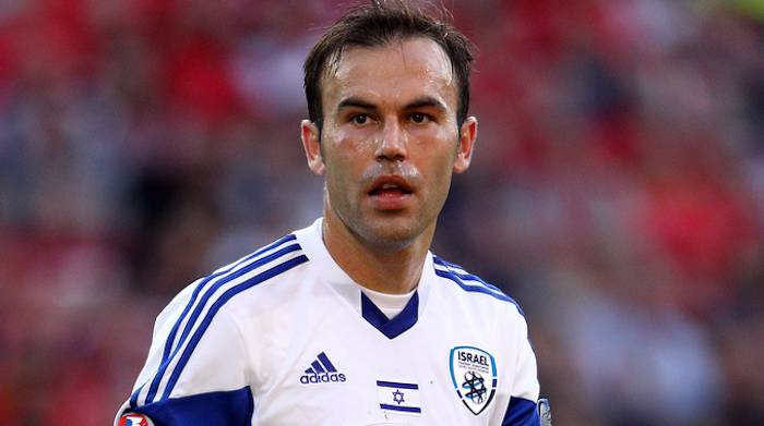 Bibras Natkho, pemain beragama Islam yang menjadi kapten skuad kebangsaan Israel