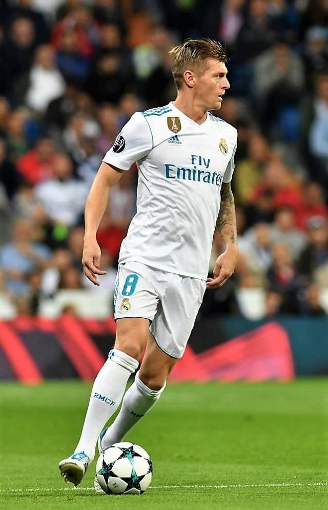 """""""Ini semua bermasalah,"""" kata pemain tengah bintang ketika Real Madrid menjelang penghapusan"""