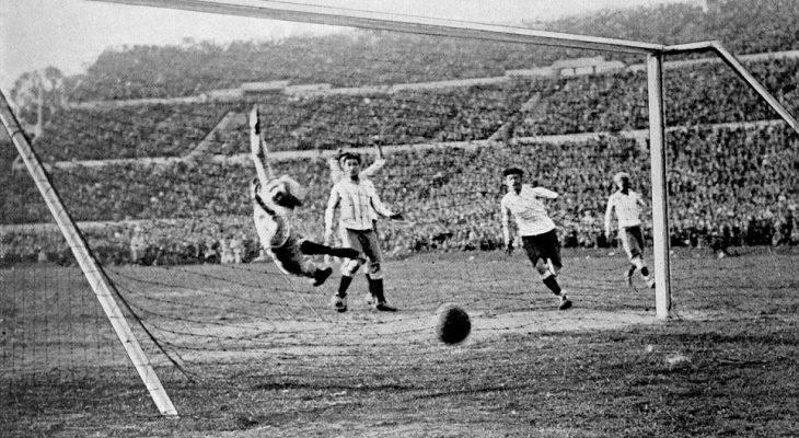 10 perlawanan Piala Dunia dengan jumlah gol terbanyak