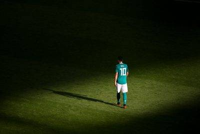 Saya tidak mahu lagi jadi kambing hitam-Mesut Ozil