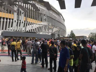 FAM perlu selesaikan masalah tiket, galakkan penyokong turun ke stadium-Syed Saddiq