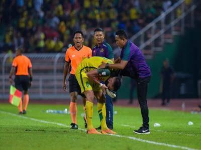 Tumbangkan JDT di Alor Star, jurulatih Kedah bingung Liridon Krasniqi cium kakinya