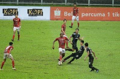 TFC II Ikat UKM FC Di Shah Alam