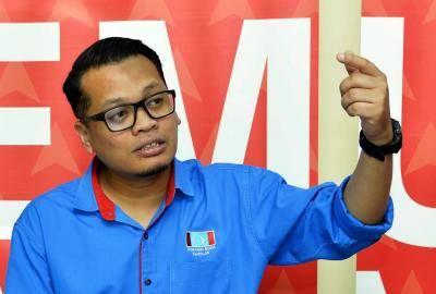 Nik Nazmi Tak Jadi Tanding Presiden, Mahu Bergandingan Dengan Datuk Seri Adnan