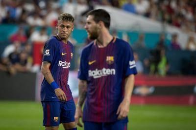 Bapa Neymar Nafi Perpindahan Anaknya Ke PSG Disebabkan Messi