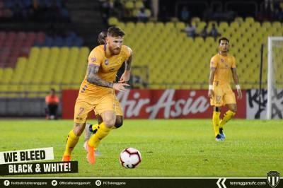 Liga Super – 'Saya minta maaf' Lee Tuck
