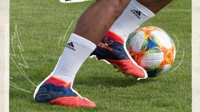 Adidas Football keluarkan kasut edisi khas untuk peminat superhero Marvel