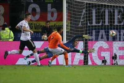 Kelayakan Euro 2020: Belanda benam Jerman, Kane raja penalti