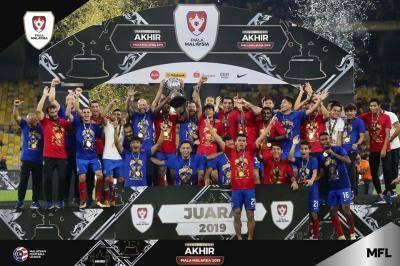 JDT julang Piala Malaysia